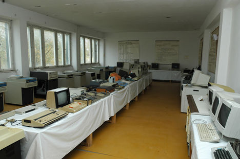 asztali és noteszgépek