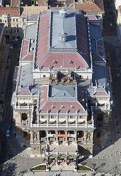Budapesti Operaház légifotón