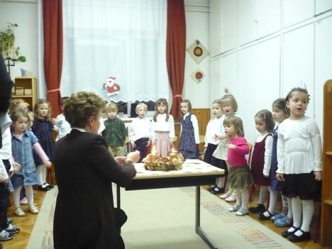 Karácsonyi műsor az Ibolya csoportban - 2007