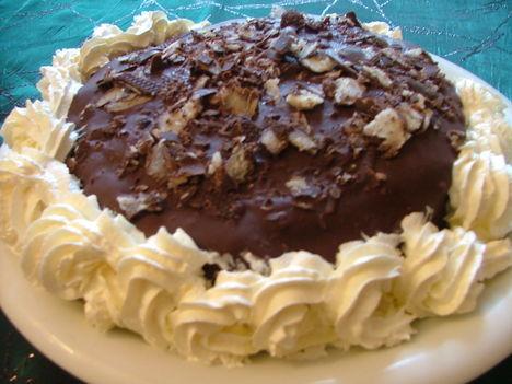 Csokoládés trüffel torta