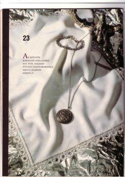 1.Terítő ezüstszálas csipkeszegéllyel