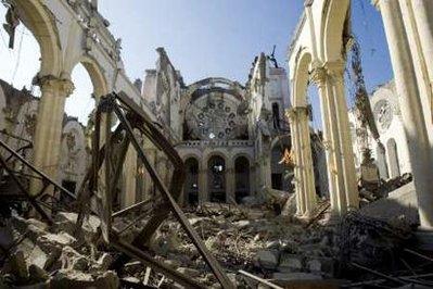 Haiti főváros székesegyháza összedölt