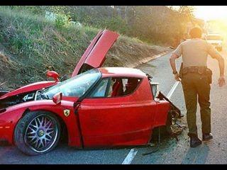 1.3 Million $ Ferrari Accident6