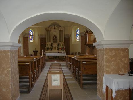 Templomunk belülről
