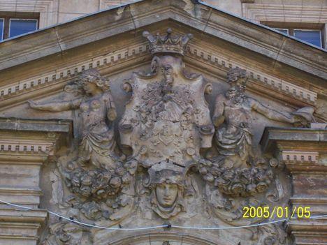 Tura, Schossberger-kastély 3