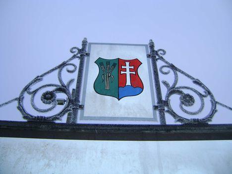Zúzmarás címer