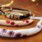 virágos gyöngyhurka nyakláncok