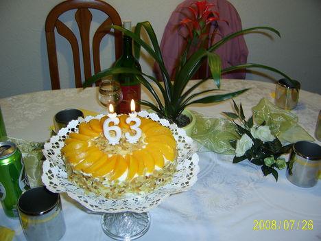 Stahl Judit tortája kicsit másképpen
