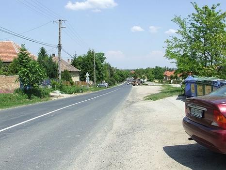 Fő utca egy részlete