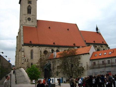 koronázó templom
