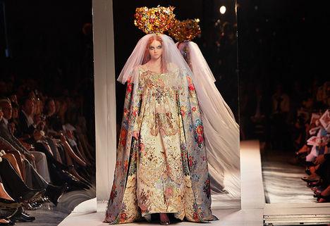 Lily Cole, mint menyasszony