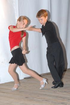 táncoló talpak