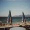 Cannes partja viharos erejű szélben