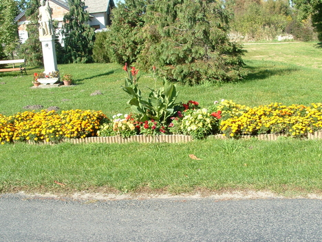 Szent Flórián a virágokkal