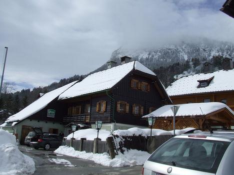 A faluban