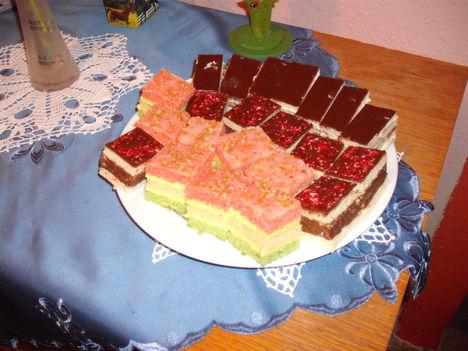 Farsangra készült sütik.