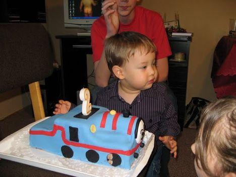Thomas  szüli napi torta
