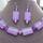 lila nyaklánc és füli