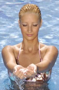 jógázás a vízben