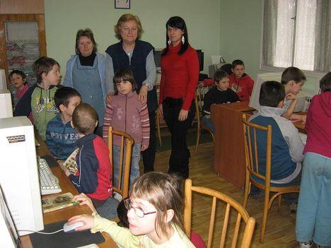 Internetezzünk nap Szentmartonkata