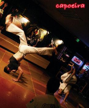 capoeira_by_lilaznkami