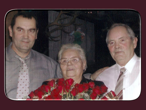 A nővérkénk 70.szülinapján még együtt: Tivadar-Vera-Laci
