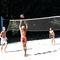 Balaton, röplabdázók a strandon