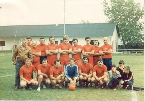 k_ÖREGFIÚK WEIDEN 1986