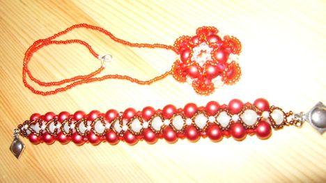 piros nyaki,karkötő