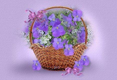 lila virágcsokor kosárban