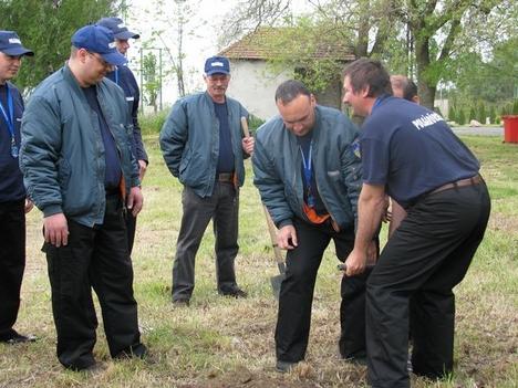2008.05.01. Májusfa állitás