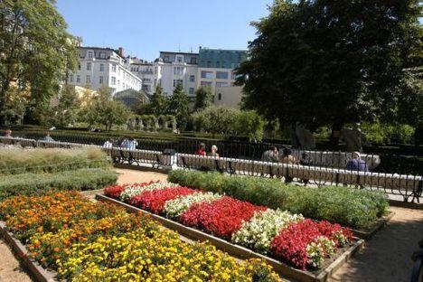 Prágában minden gyönyörű 5 ferencesek-kertje