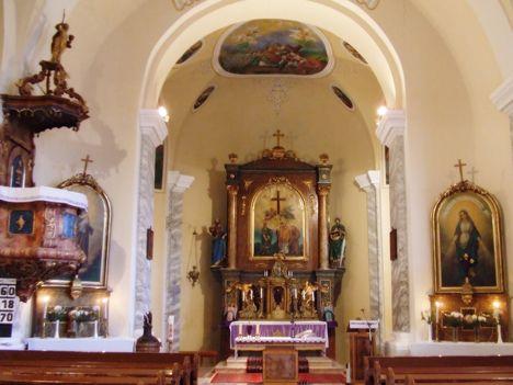 Barbacsi római katolikus templom belülről