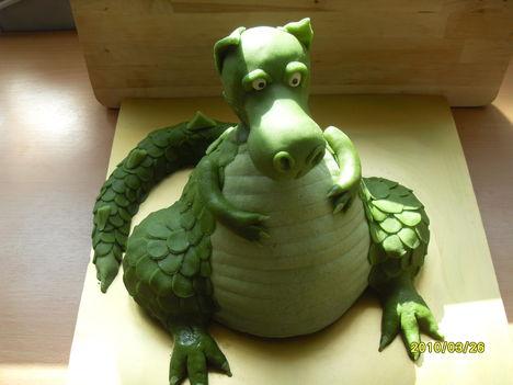 sárkány torta