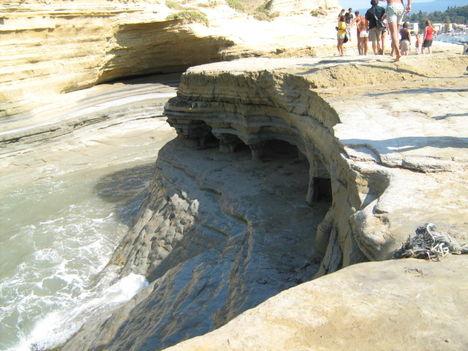 Vízvájta sziklák, Sidari