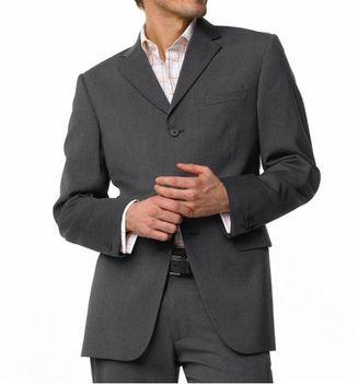 Elegáns szürke öltöny