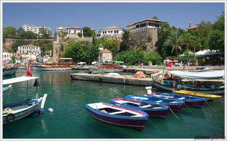 Antalya kikötő