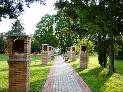 Kegyeleti park