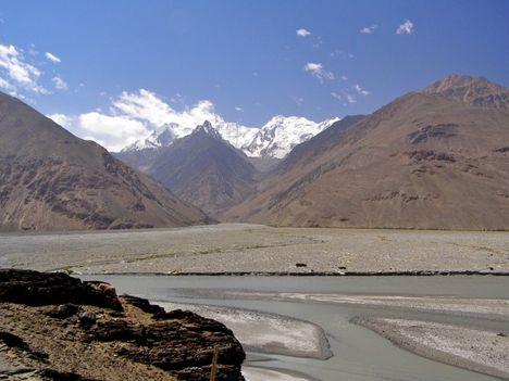 Nizhgar folyó Hindukus Afgaisztán