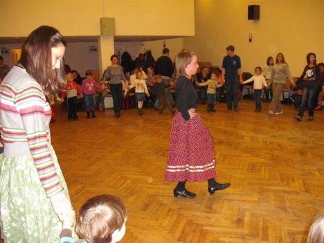 táncház2010febr 014