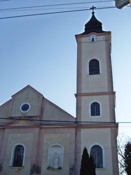 Dör római katolikus templom3