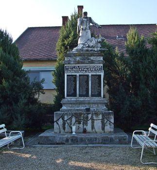 Dör, világháborús emlékmű