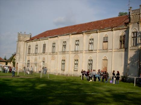 Egyed kastély3