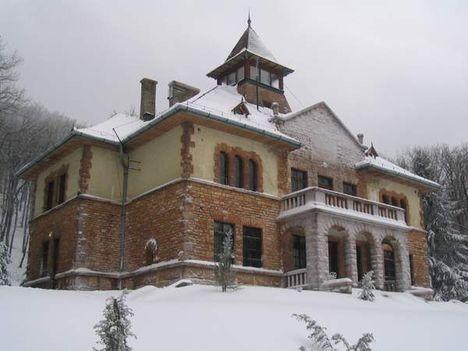 A Serédi kastély