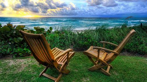 beach-chairs-1280-720-2769