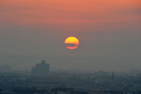 Napkelte Budapesten 2010. április 17-én