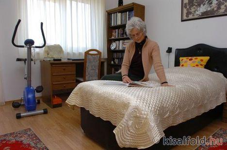 Idősek, nyugdíjasok otthona 10