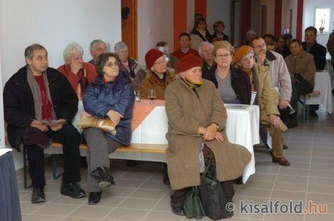 Idősek, nyugdíjasok otthona 13