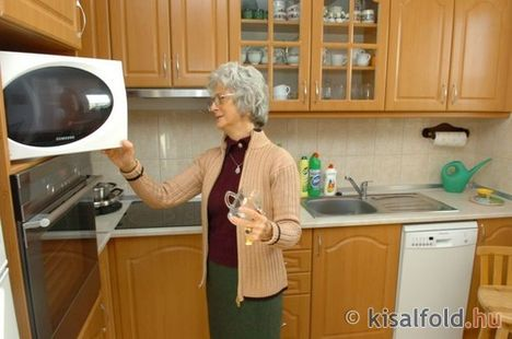Idősek, nyugdíjasok otthona 9