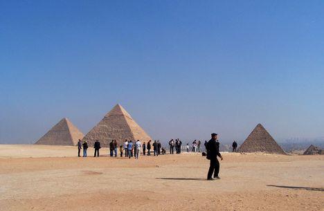 Egyiptom 2008.Három piramis.